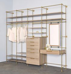"19 Me gusta, 1 comentarios - Amuneal (@amuneal) en Instagram: ""The Collector's Wardrobe & Vanity Table Unit | warm brass + silvered oak #amuneal #amunealmadethis…"""