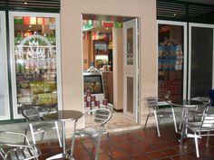 PICCOLA EUROPA, C.A J-400367840 Delicateses y exquisiteces, desayuno y almuerzo gourmet, pastas, galletas, quesos, aceite de oliva, nutella, golosinas, panettone, dececco, vinos, wisky, champagne, rissotos, delicateses del mar, antipastos, passatas, todos importados, nueces, avellas