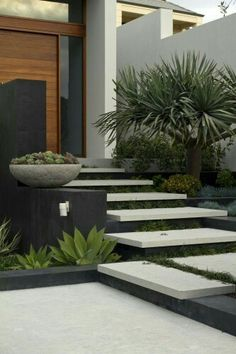 Ideas For Exterior Entrance Decor Front Entry - modern front yard landscaping ideas Modern Landscape Design, Modern Landscaping, Contemporary Landscape, Front Yard Landscaping, Landscape Architecture, Landscaping Ideas, Architecture Design, Modern Design, Outdoor Landscaping
