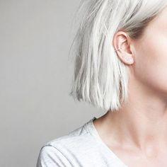 Chic silver hair