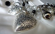 Vintage necklace Coeur en argent by wandadesign on Etsy, €75.00