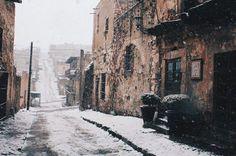 Así se ven las calles de Real de Catorce.   17 Hermosas imágenes de las nevadas en México que te dejarán frío