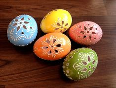 Set of 5 color Hand Decorated Painted Easter Egg Madeira Traditional Slavic Wax Pinhead Chicken Egg, Pysanka