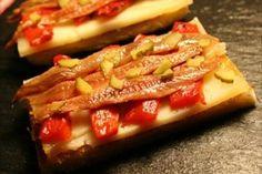 Tapa de anchoas con queso y pimiento