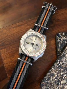 [Doxa] SUB 600T Searambler Quartz Vintage Dive Watches, Watches For Men, Quartz, Accessories, Clocks, Gents Watches, Men Watches, Quartz Crystal