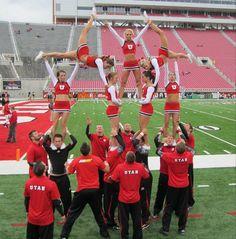 University of Utah Cheerleaders, Football 2010 | Ute Girls  CHEER collegiate Utes college cheerleading from Cheerleading: Utah Schools: BYU, Utah, UVU, Weber, USU (Aggies, Utes, Cougars) board http://www.pinterest.com/kythoni/cheerleading-utah-schools-byu-utah-uvu-weber-usu-a/  m.9.98 #KyFun