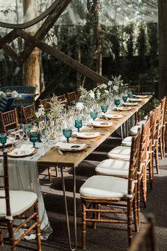 WOW! This wedding is full of gorgeous ideas. #weddingideas #weddings See more: https://ruffledblog.com/blue-malibu-wedding/