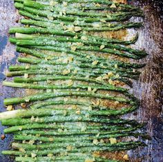 Roasted Asparagus with Garlic and Parmesan