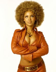 Make your own Foxxy Cleopatra costume from Austin Powers Goldmember. A great idea as a halloween or fancy dress costume for couples Estilo Beyonce, Beyonce Style, Foxy Cleopatra, Cleopatra Costume, Beyonce Austin Powers, Austin Powers Girls, Black Is Beautiful, Black Girl Magic, Black Girls