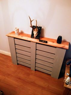 Use Pallet Wood Projects to Create Unique Home Decor Items – Hobby Is My Life White Radiator Covers, Modern Radiator Cover, Unique Home Decor, Home Decor Items, Bergen, Wall Heater Cover, Shoe Rack Plans, Contemporary Radiators, Old Radiators