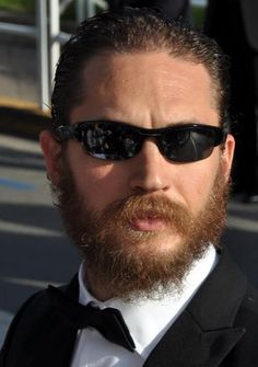 The Next James Bond is Tom Hardy, according to sports betting odds; DC, Marvel superheroes also in contention - http://www.sportsrageous.com/entertainment/the-next-james-bond-is-tom-hardy-according-to-sports-betting-odds-dc-marvel-superheroes-also-in-contention/9886/