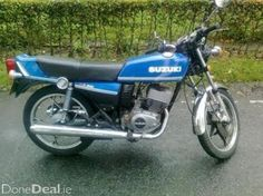 Couldn't afford the X7 and definitely not the RD350 so I tried killing myself on the Suzuki X5 for a while.