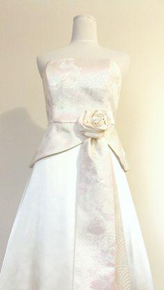 Wedding dress made with vintage bridal KIMONO ivory by Shantique