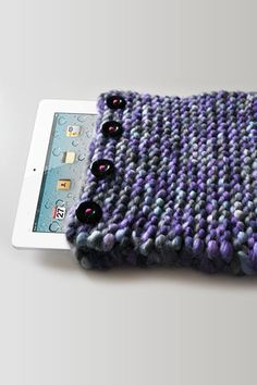 BettaKnit chunky knit ipad case - a make your own knitting kit