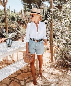 White shirt is a summer wardrobe must have 😍 some outfit inspo from to shop our mix and match button down white linen shirt check out the link in bio Summer Outfits Women 30s, Cool Summer Outfits, Spring Outfits, Summer Dresses, Summer Travel Outfits, Casual Summer Clothes, Summer Clothes For Women, Outfit Ideas Summer, Beach Outfit For Women