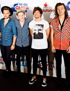 let's all dress like Harry today and not tell Louis //  CFM summertime ball (6.6.15)