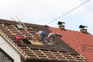 Why Getting a Professional For Your Commercial Roofing Repair is Best