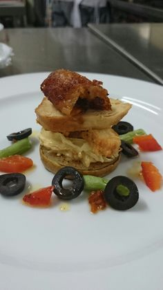 Chicken confit, chicken ragout, caramelized pear and vegetables salad
