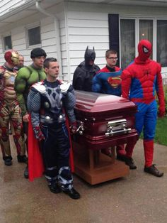 "Spider-Man and his Amazing Friends give boy heroic send-off:   An Indiana mother gave her 5-year-old son a superhero funeral like the iconic scene of Superman being laid to rest in the ""Funeral for a friend"" storyline. However, this Superboy was given a send-off by characters from both Marvel and DC Universes.   #comics #superheroes #spiderman #superman #batman #thor #hulk #indiana   http://l7world.com/2014/05/spider-man-amazing-friends-give-boy-heroic-send.html"