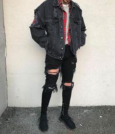 Stupendous Useful Ideas: Urban Fashion Outfits Girls urban dresses girl.Urban Fashion Show Alexander Wang. Fashion tips Breathtaking Urban Wear Summer Outfit Ideas Ideas Urban Style Outfits, Mode Outfits, Grunge Outfits, Fashion Outfits, Edgy School Outfits, 90s Grunge, Fashion Advice, Grunge Men, Hipster Outfits Men