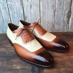 Handmade men leather shoes, two tone wingtip brogue shoe, men dress leather shoe #handmadeleatherbeltsdesign