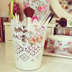 cute white lacy vintage storage make up brushes jewellery