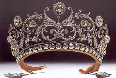 Le diadème Boucheron de la princesse Olga de Yougoslavie                                                                                                                                                                                 Plus