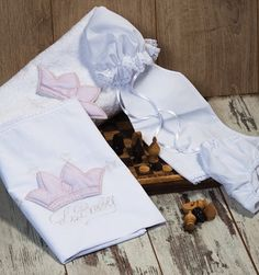 Lovely Christening lathopana - oil set with crown Baby Angel Wings, Christening, Baby 2014, Elegant, Crown, Oil, Collection, Classy, Corona