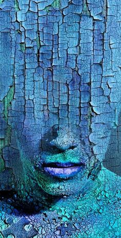 This painting shows really unique texture that makes you feel like you're seeing it in person. The cracks and the feeling of it shows immense texture whether you're looking close at it or even far away, that's how powerful the texture is. Art Plastique, Art Day, Shades Of Blue, Body Painting, Les Oeuvres, Amazing Art, Awesome, Cool Art, Art Photography