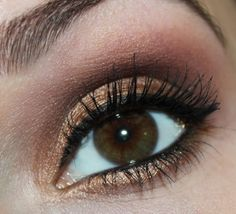 Make Up Factory Chromatic Glam Eye Shadow – 29 Shimmering Sand
