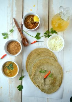 Dosa with green gram dal and brown rice Pesarattu Paneer Recipe For Kids, Paneer Recipes, Indian Food Recipes, Healthy Recipes, Ethnic Recipes, Breakfast For Kids, Breakfast Ideas, Brown Rice, Food Inspiration