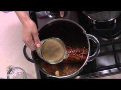 Choumicha : Carré d'agneau aux fruits secs / شميشة : ملفوف رف الضان بالفواكه الجافة - YouTube
