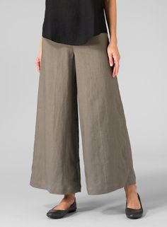A best seller wide leg pants for a relaxed fit comfortable style. Formal Pants Women, Pants For Women, Miss Me Outfits, Tall Girl Fashion, Aesthetic Shirts, Sewing Pants, Flare Leg Pants, Wide Leg Linen Pants, Ankle Length Pants