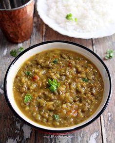 Sprout Recipes, Lentil Recipes, Bean Recipes, Curry Recipes, Vegetarian Recipes, Cooking Recipes, Cooking Ideas, Green Moong Dal Recipe, Mung Bean Dal Recipe