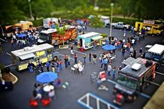 Give your guests an unexpected experience by offering dinner or your cocktail hour straight from your favorite local food trucks! - See more at: http://blog.bidpalnetwork.com/food-trucks-its-whats-for-dinner#sthash.J4slagut.dpuf