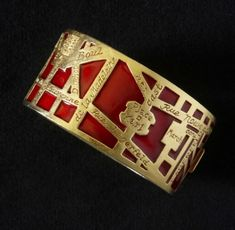 A map of Paris in the form of a vintage bracelet, designed by Karl Lagerfeld for Chanel.
