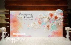 Backdrop Wedding, Wedding Photo Booth, Wedding Photos, Photo Zone, Event Planning Business, Paper Flower Backdrop, Photo Corners, Giant Paper Flowers, Paper Fans