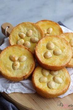 Unglaubliche Butterkuchen aus The Lauras Bakery Baking Book Bakery Recipes, Tart Recipes, Sweet Recipes, Cookie Recipes, Dessert Recipes, Cupcake Cakes, Food Cakes, Fruit Cakes, Cupcakes