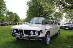 BMW (E3) 2500 Golf 4, Bmw Classic, Bmw Cars, Bavaria, Custom Cars, Minis, Euro, Plastic, Trucks