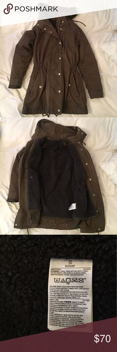 Gap Green Army Jacket w/ Grey Sheepskin Insert Green army jacket from The Gap. Comes with a removable dark sheepskin insert for colder weather. Draw string cinch waist. Lightly worn. GAP Jackets & Coats
