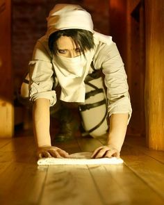 . Anime : Attack On Titan Character : Levi  Coser : @reika_Japan_ (Japanese) .