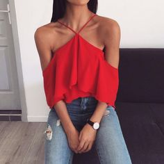 Sleeveless Chiffon Spaghetti Strap Double-layered Tops - Shirt Casuals - Ideas of Shirt Casual - Red halter top with distressed denim Trend Fashion, Fashion Mode, Womens Fashion, 90s Fashion, Beach Fashion, Fashion 2016, Style Fashion, Mode Outfits, Casual Outfits