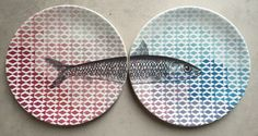 Ceramic plates with Sardines - you can actually eat from them (and put them in a dishwasher - how convenient!) Design by @sardinequeens #sardines #ceramics #plates #kitchenware #dutchdesign #fish