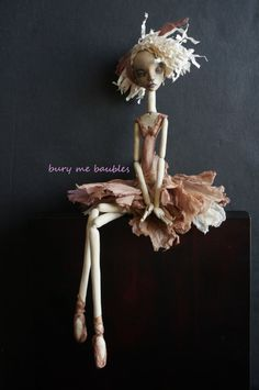 Cortin Arius V. Cortin Arius V had twisted her knee dancing away with the brisé volé . Bury me Shallow Bury me Deep Bury the Burden My soul cannot Keep Clay Dolls, Dolls Dolls, Paperclay, Fairy Dolls, Soft Sculpture, Ball Jointed Dolls, Clay Art, Doll Patterns, Beautiful Dolls