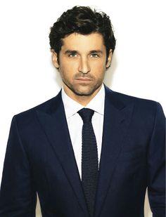 Eis o colarinho francês. Tem sido muito usado. E a gravata de cor escura também dá elegância e seriedade.