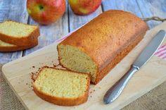 Bakken zonder boter? Dat kan! Deze appelmoescake bevat geen boter wat de cake niet alleen een stuk gezonder maakt, maar ook lactosevrij! Gezond bakken dus!