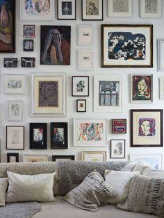 Art arrangement with different frames