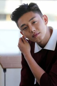 Yoo Ah-in (유아 유아) - Bild @ HanCinema :: Die koreanische Film- und . Korean Men Hairstyle, Korean Haircut, Asian Boy Haircuts, Haircuts For Men, Gents Hair Style, Handsome Asian Men, Men Hair Color, Yoo Ah In, Ga In