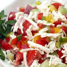 Egy finom Az eredeti bolgár sopszka saláta ebédre vagy vacsorára? Az eredeti bolgár sopszka saláta Receptek a Mindmegette.hu Recept gyűjteményében! Cucumber Salad, Caprese Salad, Cobb Salad, Gourmet Recipes, Cookie Recipes, Vitamins, Protein, Food And Drink, Cheese