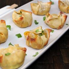 Healthier Crab ragoon Ingredients: •	24 wonton wrappers (I used Nasoya brand) •	Olive oil cooking spray •	8 oz lump crab meat •	1 tsp Worcestershire sauce •	2.5 tsp curry powder •	1 tsp ground ginger •	1/2 tsp cayenne pepper (optional) •	1/2 cup reduced fat cream cheese •	1/3 cup scallions, washed and thinly sliced